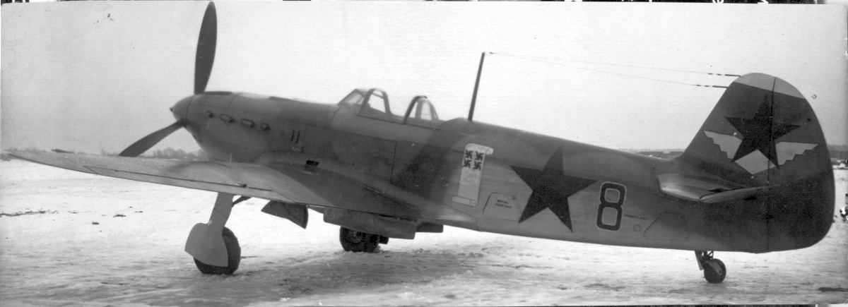 yak7b-pg.jpg